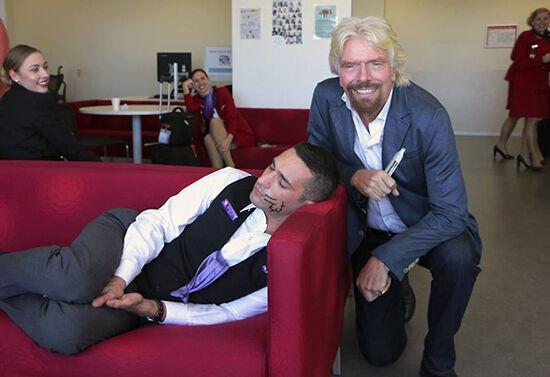 Jangan Pernah Ketiduran Di Kantor Atau Jadi Korban Master Photoshop 18