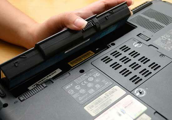 Bahaya Ngecas Smartphone Pake Laptop 2
