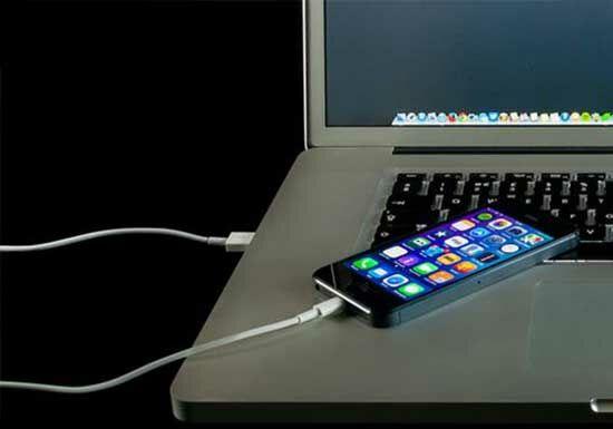 Bahaya Ngecas Smartphone Pake Laptop 3