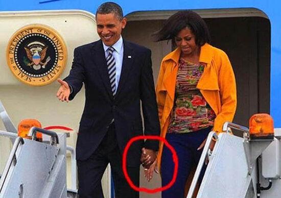 Photoshop Terburuk Yang Pasti Bikin Mata Kamu Sakit Obama Megang Tangan Siapa
