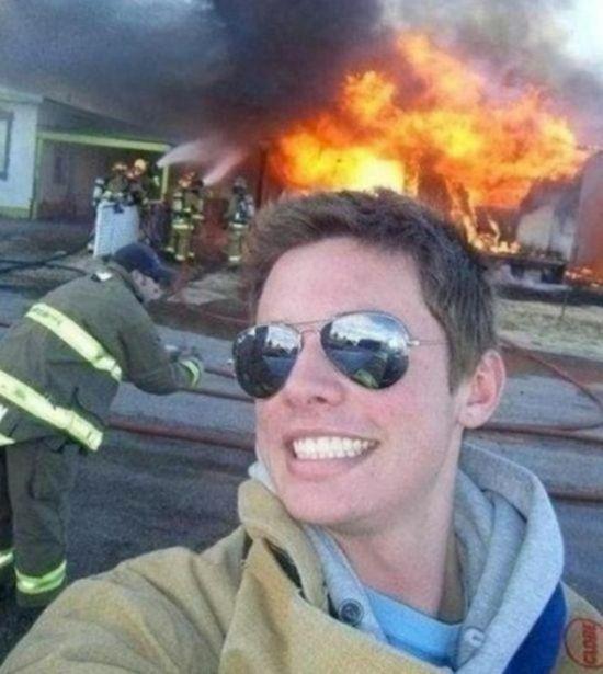 Foto Selfie Paling Dibenci Di Dunia 7