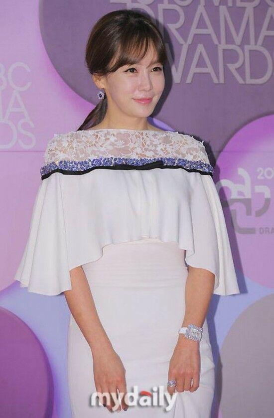 Kim Jung Eun 62d7c