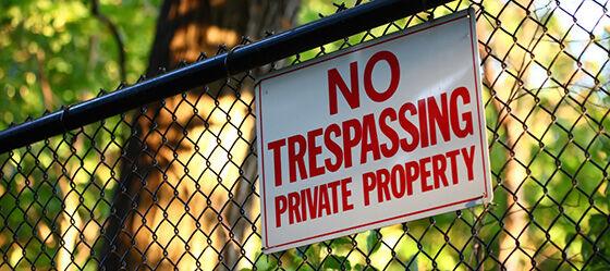 No Trespassing 76b58