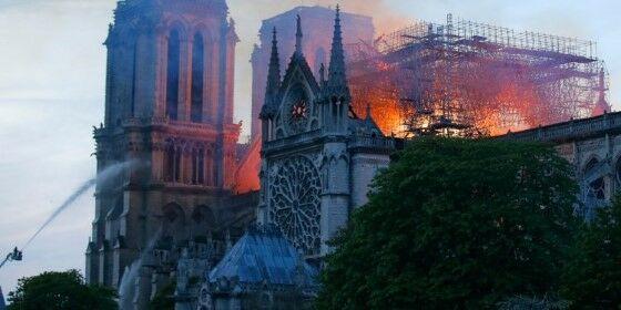Restorasi Gereja Notre Dame Burn 1 F755e