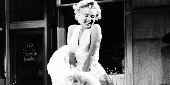 Gaun Marilyn Monroe 387f4