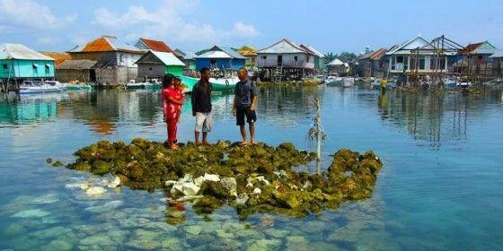 Penduduk Pulau Bungin F9e22