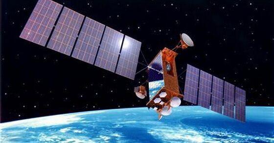 Satelit Jatuh 1 481c0