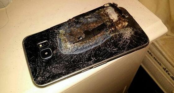 Smartphone Samsung Meledak Indonesia 01