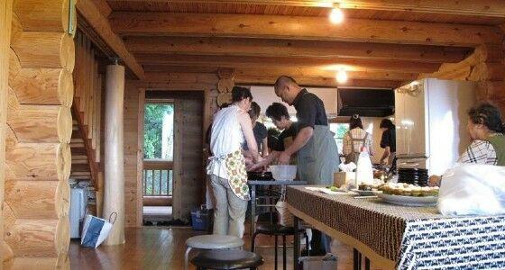 Rustono Dan Keluarga Membuat Tempe A123a