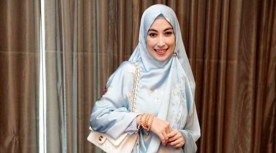 Annisa Tribanowati Artis Indonesia Ganti Nama Ef219