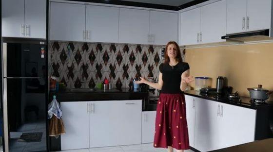 20210629074333 1 Bule Cantik Belikan Rumah Bagus Buat Mertua Asal Ri Ngaku Kasian Tinggal Di Kosan 002 Billy Adytya Ba73e