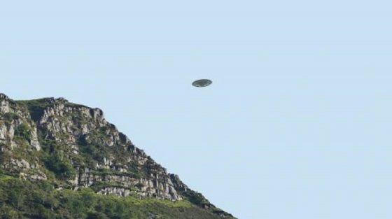 Ilustrasi Penampakan UFO 27b2d Ad313