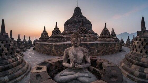 Candi Borobudur 4e2b2