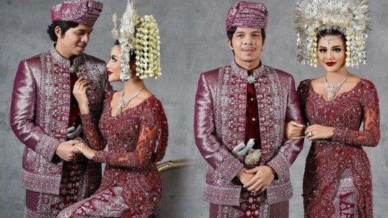 Artis Yang Menikah Menggunakan Pakaian Adat 87078