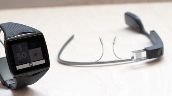 Google Glass Vs Smartwatches