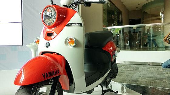 Skuter Listrik Yamaha Ev 02