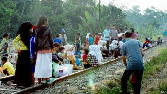 Tempat Ngabuburit Teraneh di Indonesia 2