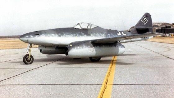 Pesawat Messerschmitt Me 262 3d17d
