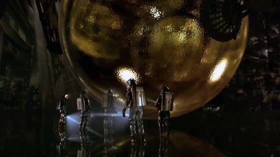 Sphere 1998 0362d