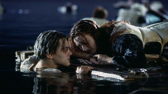 Titanic Jack And Rose Plank Scene 724ae