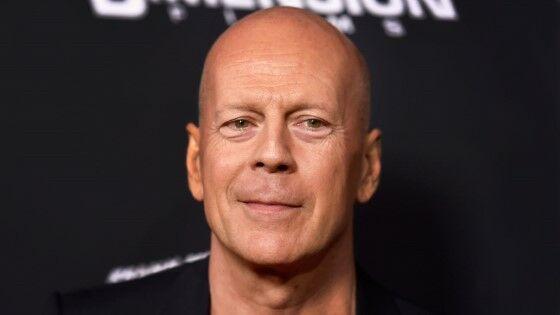 Artis Hollywood Paling Galak Bruce Willis F8151