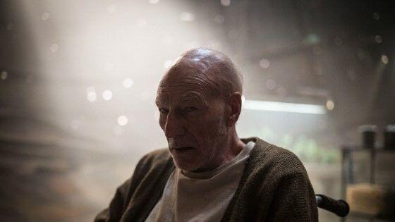 Kematian Superhero Paling Tragis Professor X 7279c