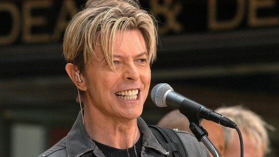 Aktor Yang Hampir Perankan Joker David Bowie 59a7b