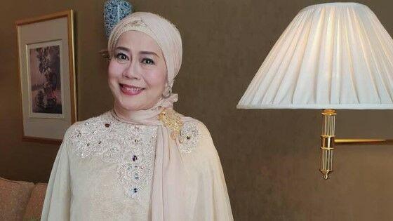 Dewi Yull 552f2
