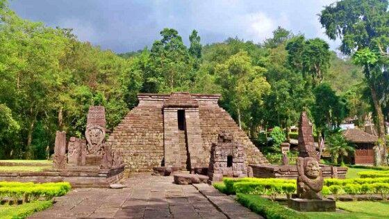 Candi Sukuh Mesoamerican Architecture 49dee
