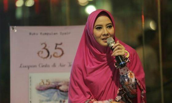 Peggy Melati Sukma Artis Indonesia Ganti Nama 0212f