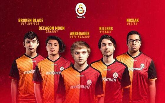 Klub Sepak Bola Profesional Dengan Divisi Esports 10 00f02