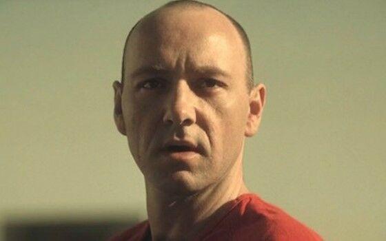 Film Terbaik Penjahat Menang 4 7dd7b