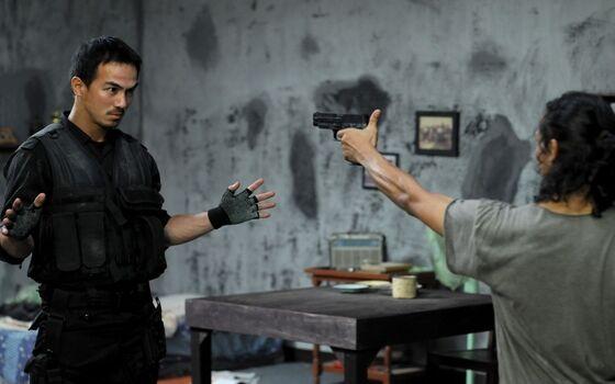 Film Indonesia Dengan Plot Twist Terbaik The Raid Redemption 29ae7
