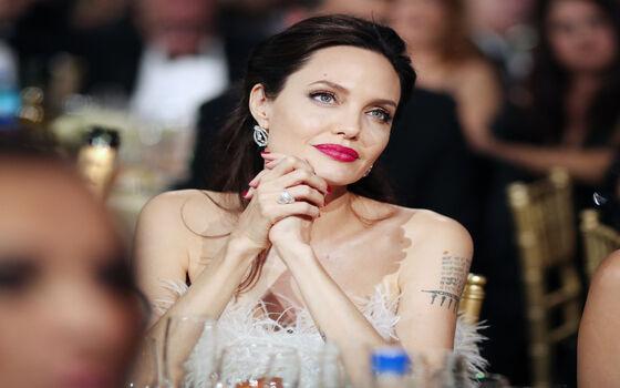 Aktor Yang Tidak Menonton Filmnya Sendiri Angelina Jolie B71e9