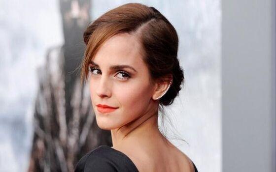 Aktor Berpendidikan Tinggi Emma Watson 051be