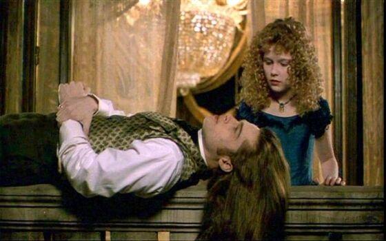 Aktor Yang Benci Ciuman Dengan Lawan Mainnya Kirsten Dunst Dan Brad Pitt 53aaf