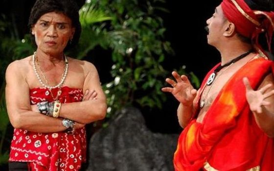Aktor Indonesia Dulu Kaya Sekarang Miskin Tessy Srimulat E9520