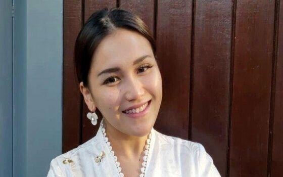 Gaji Pertama Artis Ternama Indonesia Ayu Ting Ting 251f6