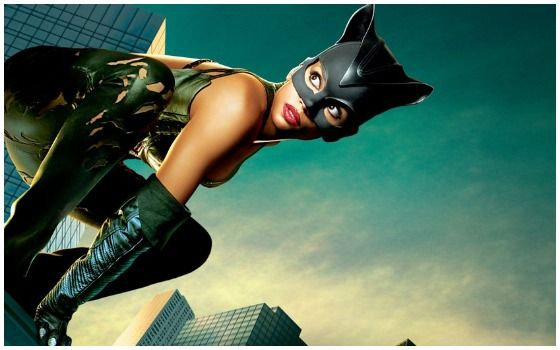 Kostum Superhero Yang Paling Kontroversial Catwoman 2764d