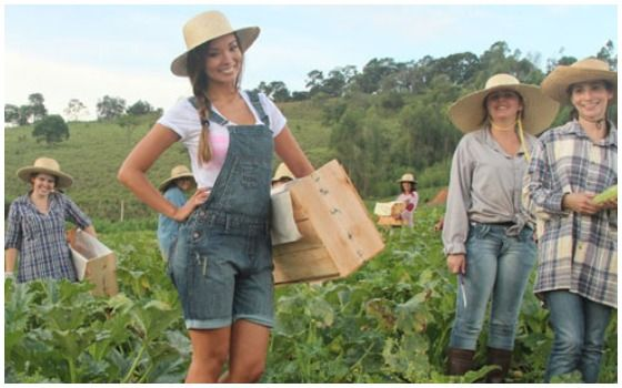 Desa Unik Yang Hanya Dihuni Wanita Wanita Cantik Bekerja Di Perkebunan Sayur 81a02