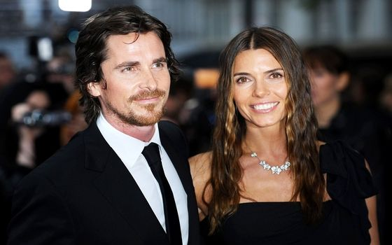 Aktor Yang Menikahi Fansnya Sendiri Christian Bale And Sibi Blazic 478e1