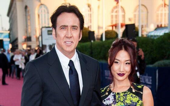 Aktor Yang Menikahi Fansnya Sendiri Nicolas Cage Dan Alice Kim 40fbd