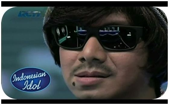 Artis Yang Menyamar Jadi Peserta Indonesian Idol Delon E26b7