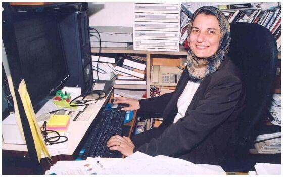 Ilmuwan Perempuan Muslim Yang Mengubah Dunia Profesor Nesreen Ghaddar B44bd