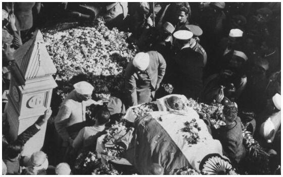 Foto Foto Pemakaman Mahatma Gandhi Di India 36911