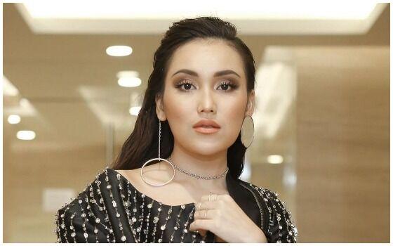 Artis Indonesia Yang Memiliki Fans Yang Fanatik Ayu Ting Ting 1c522