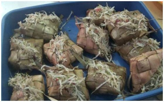 Makanan Indonesia Dengan Nama Jorok Ketupat Jembut A5625