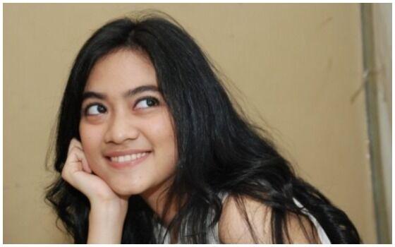 Artis Indonesia Yang Cocok Memerankan Mahasiswi Ayudia Bing Slamet 6cb81
