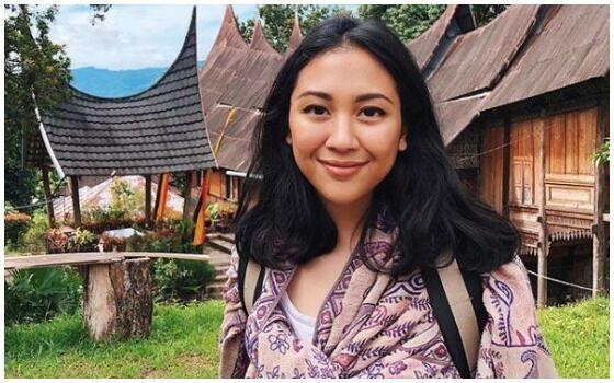 Artis Indonesia Yang Pernah Jadi Judul Skripsi Sherina 04900