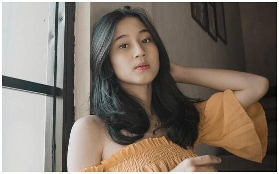 Jebolan Indonesian Idol Yang Jadi Aktor Keisya Levronka 2c41b